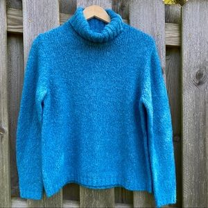 Vintage early 80s Fashion Bug cowl neck pullover!